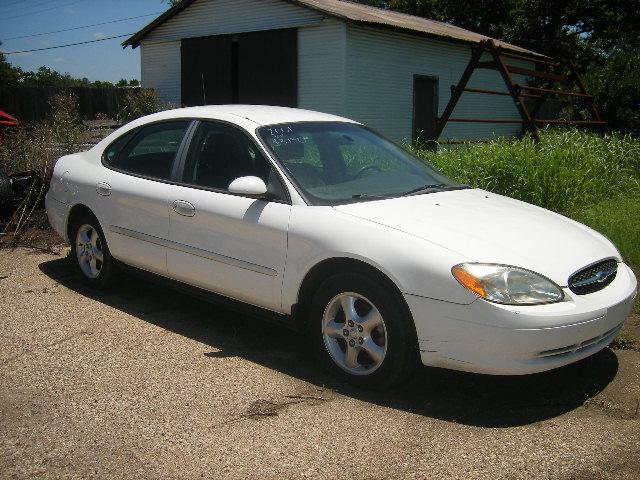 1071 2001 Ford Taurus White 1 000