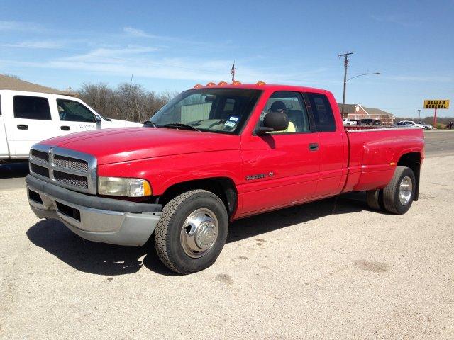 Dodge Gas 1 Ton | Autos Post